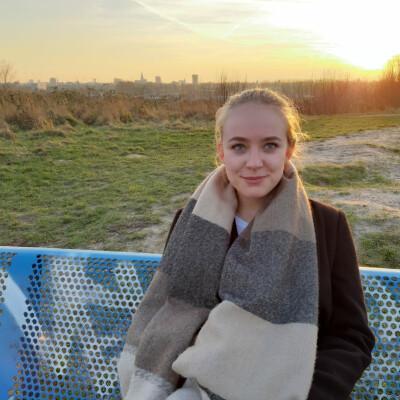 Elina zoekt een Huurwoning/Appartement/Woonboot in Groningen