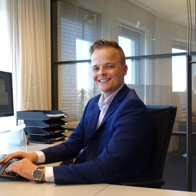 Jan zoekt een Appartement/Huurwoning/Kamer/Studio/Woonboot in Groningen