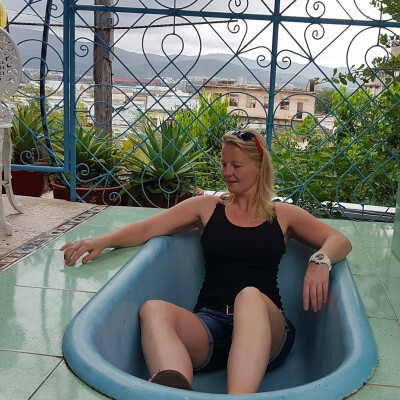 Jessie is looking for a Rental Property / Apartment / HouseBoat in Groningen