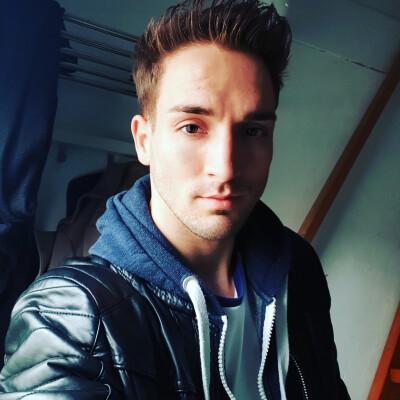Mitch zoekt een Huurwoning / Kamer / Appartement / Studio / Woonboot in Groningen