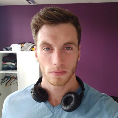 Corey zoekt een Appartement / Huurwoning / Kamer / Studio in Groningen